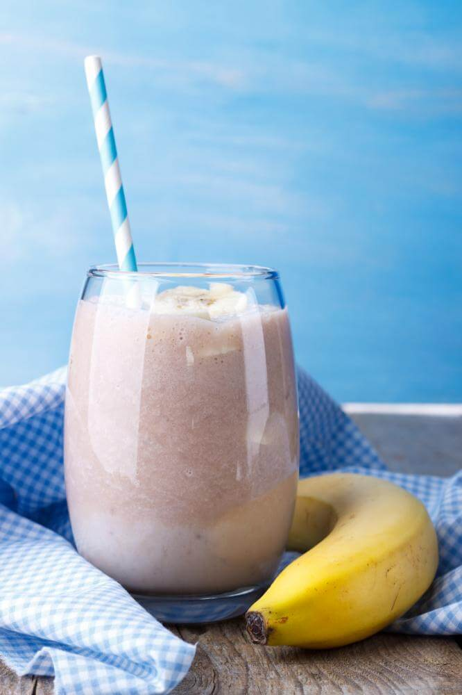 http://streaming.yayimages.com/images/photographer/lana-m/f26c26ea5f849f8393c427b4993cd013/banana-milk-shake.jpg